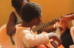 guitar-435094_960_720