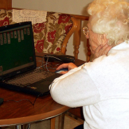 Granny_on_computer1