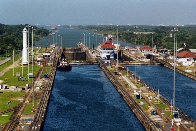 Panama Canal by Stan Shebs on Wikimedia